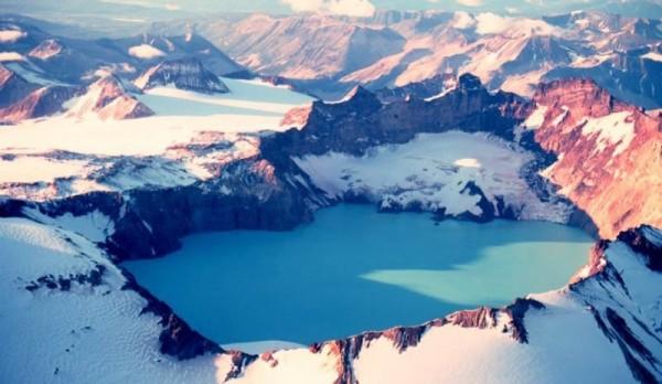 世界最美十大火山湖